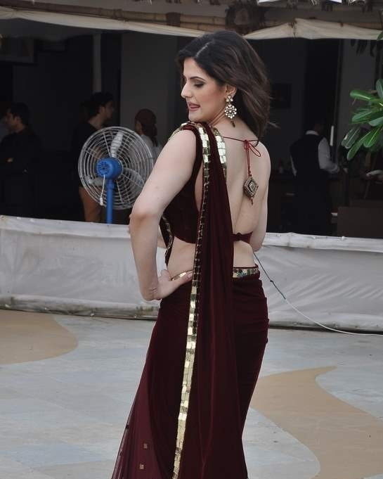 Zarine Khan hot back show