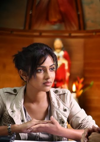Amala Paul in Movie Oru - Vp (2)