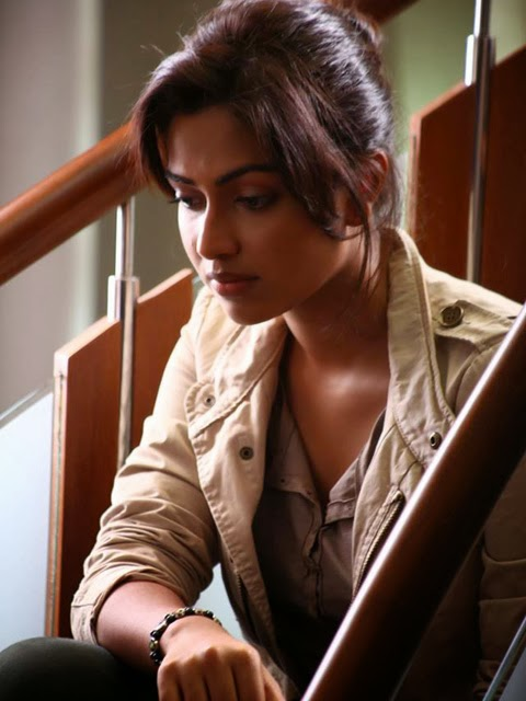Amala Paul in Movie Oru - Vp (4)
