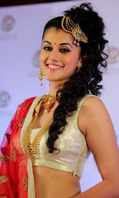 Tapsee Fashion Show - VP (12)