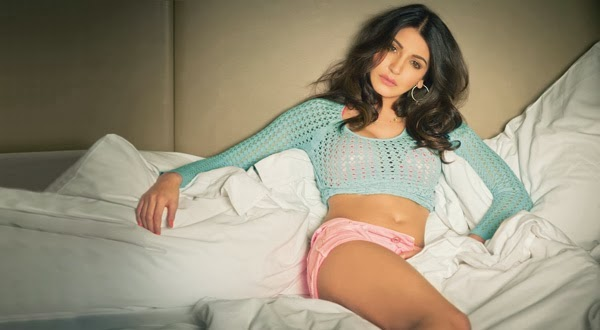 Anushka Sharma in bedroom pictures, Anushka Sharma in hot pants, Anushka Sharma sexy legs, Anushka Sharma in short, Anushka Sharma in mini dress, Anushka Sharma spicy pictures