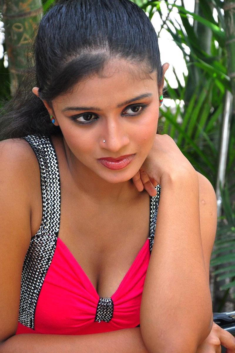 Anusri in tight dress, Anusri in red hot dress, Anusri Hot Stills in Pink Dress - VP (8)