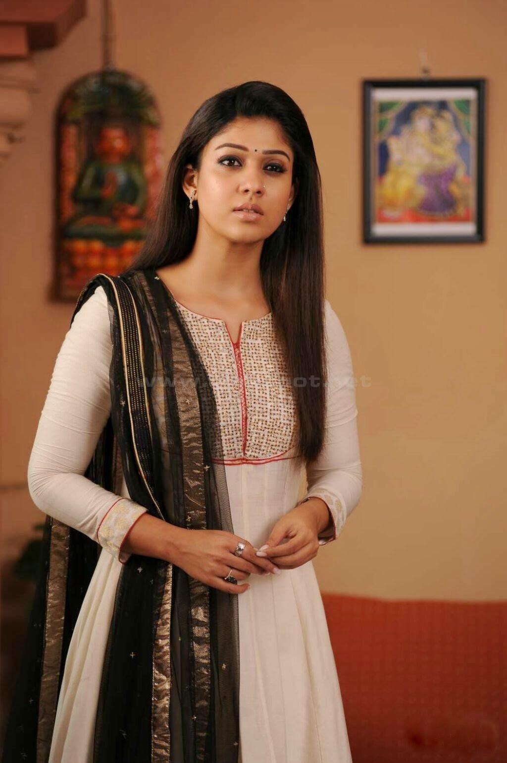 nayantara in suite, nayantara as indian girl dress, Nayantara in Greeku Veerudu movie