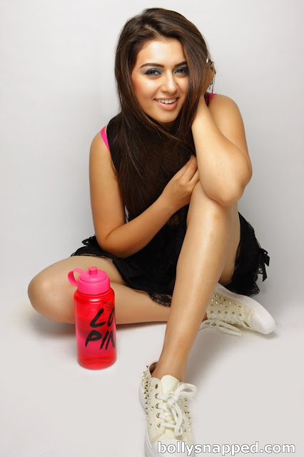 Hansika Motwani hot sexy legs, Hansika Motwani thunder thighs, Hansika Motwani in black skirt, Hansika Motwani best photos, Hansika Motwani hottest photos