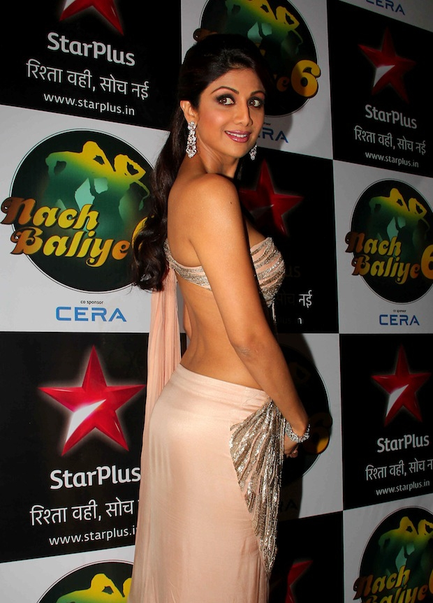 sexy back photos of shilpa shetty, hot back of shilpa shetty, Shilpa Shetty hot pics, Shilpa Shetty bare back in saree, Shilpa Shetty hot back in saree, Shilpa Shetty sexy back pic in saree, Shilpa Shetty hot in saree at nach baliye, Shilpa Shetty saree pics, Shilpa Shetty designer saree, Shilpa Shetty back show, Shilpa Shetty sexy figure, Shilpa Shetty  hot curves, Shilpa Shetty in Saree At  Nach Baliye Diwali Bash - VP (5)