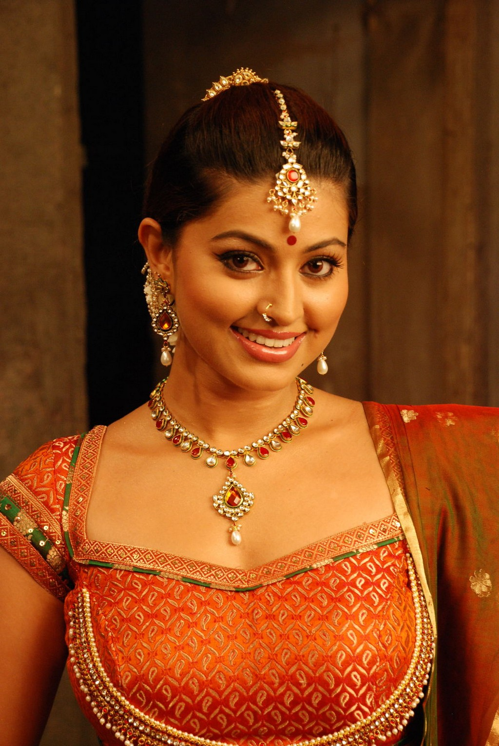 South Indian Actress Sneha Hot Movie Stills Page 2 Of 2