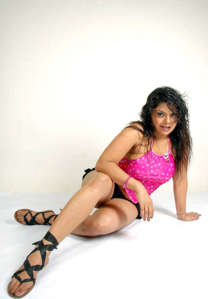 Swathi Varma Hot Photoshoot in Pink - VP (10)