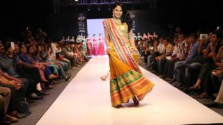 Hot Veena Malik Sizzles On The Ramp