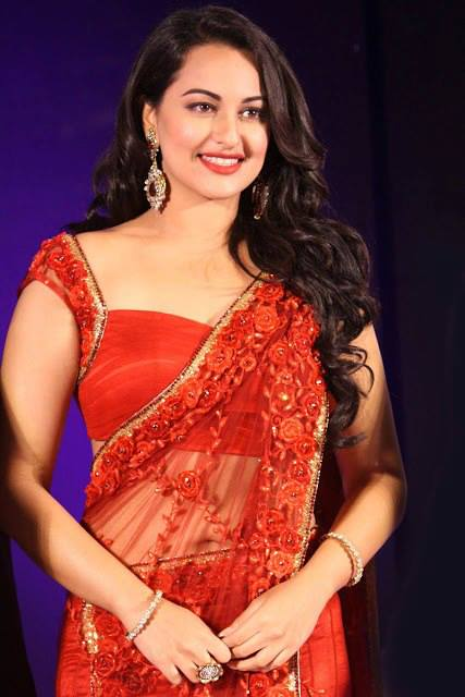Sonakshi Sinha Navel pics, Sonakshi Sinha Hot Navel Show, Sonakshi Sinha navel, Sonakshi Sinha sexy navel photos, Sonakshi Sinha sexy photos, Sonakshi Sinha masala photos