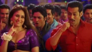 Kareena Kapoor Hot Sexy Spicy Item Song Fevicol Se in Dabangg 2 HD Pics…HOT AS HELL!!