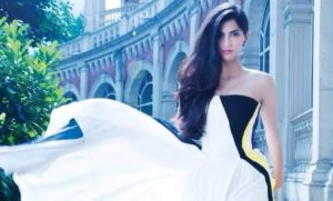 Read more about the article Sonam Kapoor's Stunning  Photoshoot for Hi Blitz magazine