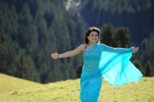 Read more about the article Hansika Motwani Cute & Sweet Stills in Blue Saree from Her South Indian Movie