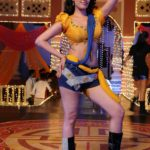 Anita Hassanandani Spicy Navel Pics from Item Song_VP (14)