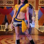Anita Hassanandani Spicy Navel Pics from Item Song_VP (4)