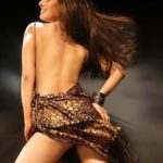 Riya Sen Backshow - HOTTEST Collection of Bengali Beauty's Sexy Back Side View (10)