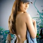 Riya Sen Backshow - HOTTEST Collection of Bengali Beauty's Sexy Back Side View (22)