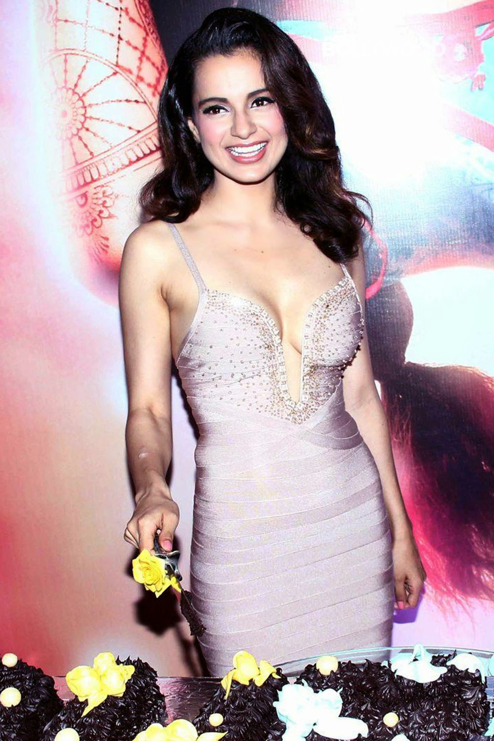 Kangana Ranaut Sexy Stills at Queen Movie Success Party in A Sexy Low Cut Silver Gown_VP ( (7)