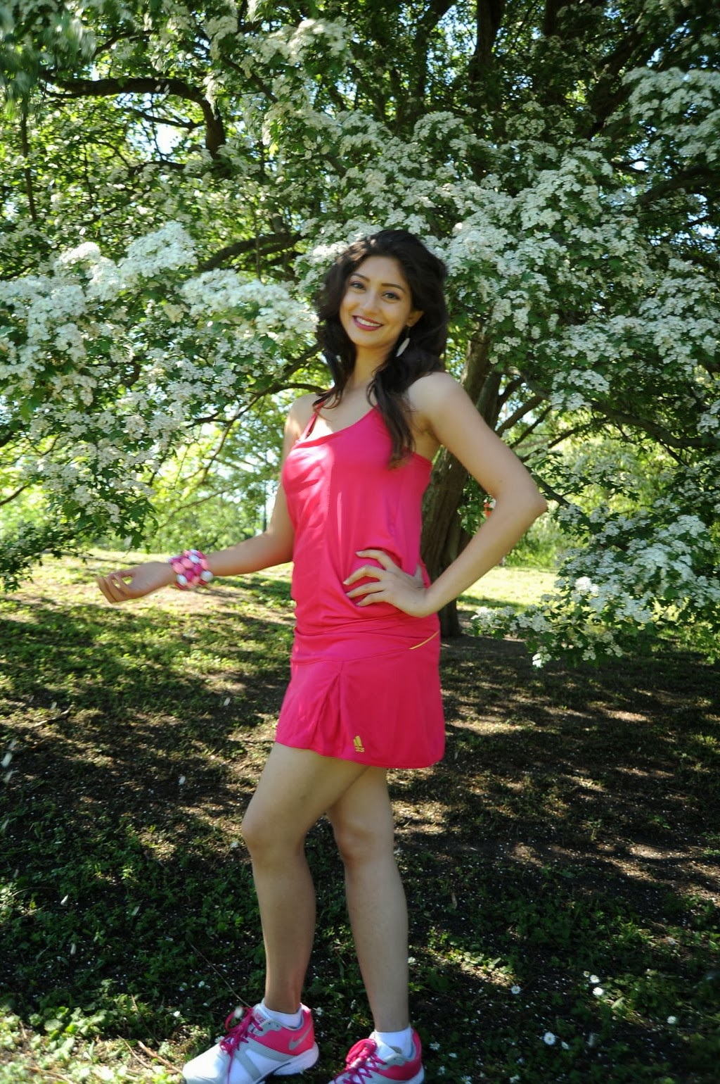 Tanvi Vyas Showing Her Sexy Legs in A Short Pink Mini Dress in Garden_VP (4)