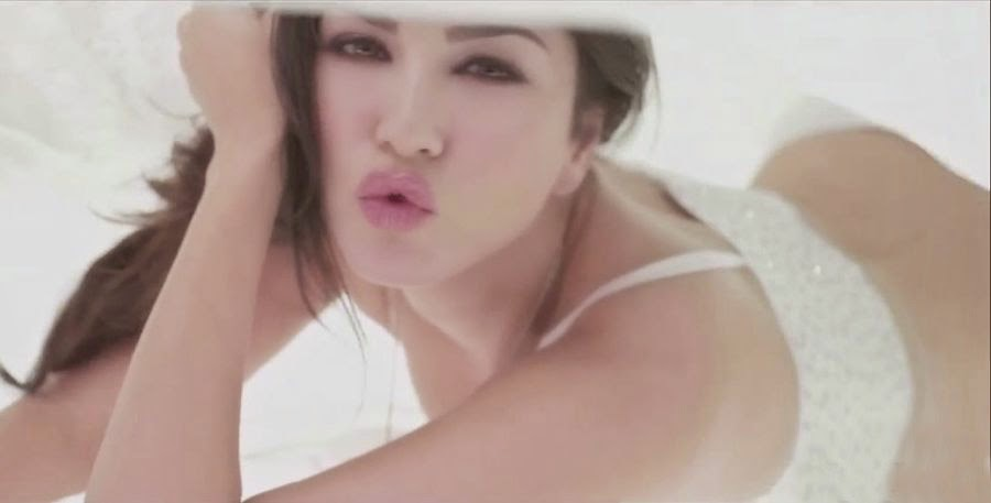Sunny Leone in Pink Lips Song