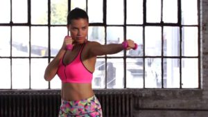 Read more about the article Adriana Lima : How this Victoria's Secret Supermodel Stay Fit