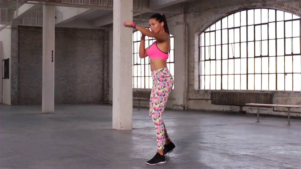 Adriana Lima  How this Victoria's Secret Supermodel Stay Fit_VP (7)