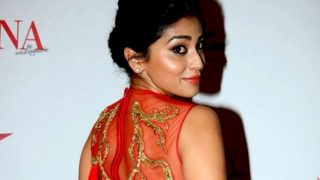 Shriya Saran at Femina Beauty Awards 2015 in Red Hot Dress