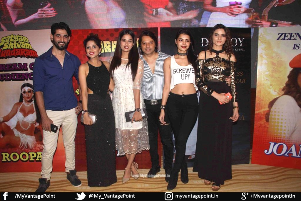 Zeenat Aman, Anil Sharma, Sonali Raut And Diandra Soares at The Premier of Web Series Love Life & Screw ups