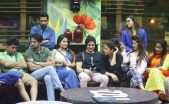 "Hina Khan strong in Bigg Boss; but Shilpa Shinde, Hiten Tejwani, Vikas Gupta can overtake! A few weeks ago, Bollywood PR guru Dale Bhagwagar had posted a message on Twitter, complimenting Priyank Sharma for the way he was strategically carrying himself in Bigg Boss 11. Inspired by the post, a social media fan group of Priyank approached the PR expert to promote Priyank in the media. To Dale's surprise, they offered him an amount unheard of in the PR industry in India. ""The group said they will pool the monies through crowd-funding with the help of fan pages on Facebook and Twitter,"" informs the Mumbai-based PR expert. ""I found that quite innovative,"" Dale admits. However, Dale refused the offer. ""I am a media manipulator, not a fan. And I didn't find it ethical to do PR maneuvers without being appointed by the person concerned or his family,"" remarks the publicist. Though he did mention that he may reconsider the idea, if his advocate gave him a go-ahead from the legal point of view. When it comes to reality television, Dale is no ordinary PR man. He has handled the media hype, controversies and crisis management for Shilpa Shetty during Big Brother and for a full 20 contestants of Bigg Boss, including names such as Rahul Mahajan, Mandana Karimi, Aman Verma, Amar Upadhyay, Rakhi Sawant, Sambhavna Seth, Sherlyn Chopra, Pooja Misrra and Sonali Raut. When asked, who is the most promising out of all the contestants, Dale does not mince words. ""Hina Khan started the best and is somehow managing to hold forte for now. She is playing her cards well. But as far as outside support goes, Shilpa Shinde, Hiten Tejwani and Vikas Gupta are slowly surging ahead."" Let's see if equations change by the time Bigg Boss 11 Finale is announced and in the final weeks when we can get clear indications of a suitable BB11 winner."