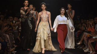 Kiara Advani Sizzles on The Ramp At Lakmé Fashion Week 2018