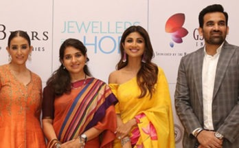 "Shilpa Shetty & Manisha Koirala@ Jewellers come together to raise Rs 1 crore to help the underprivileged at the ""Jewellers for Hope"" event organised by GJEPC"